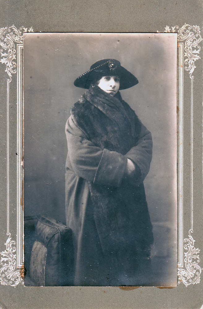 Вера (Беруха) Исааковна Фиркович, в замужестве Чуюн (1893–1962 гг.). Сестра Сарры Исааковны Фиркович, в замужестве Ормели. Москва, 1925 год