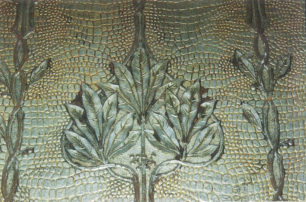 Деталь картонных обоев кабинета, стилизованных под крокодилову кожу
