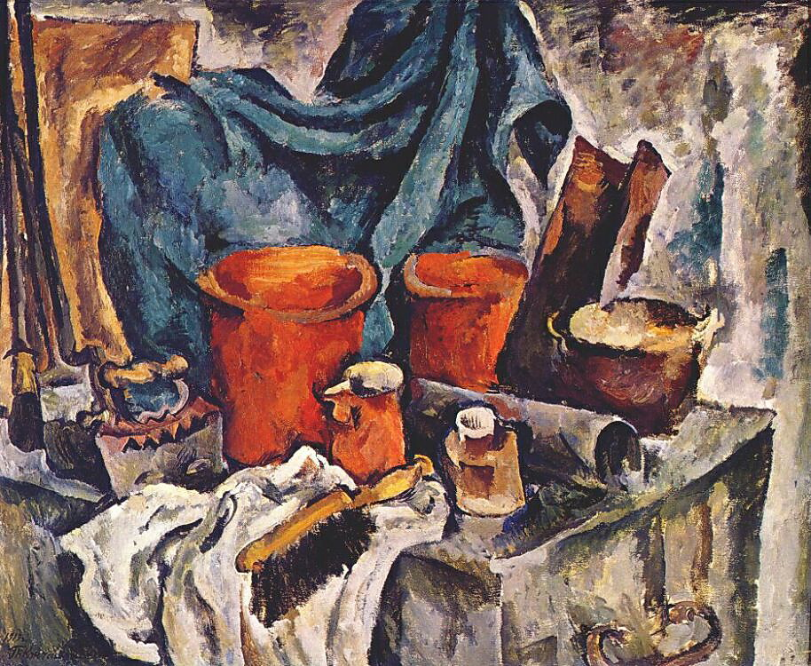 chest-and-pottery-1919