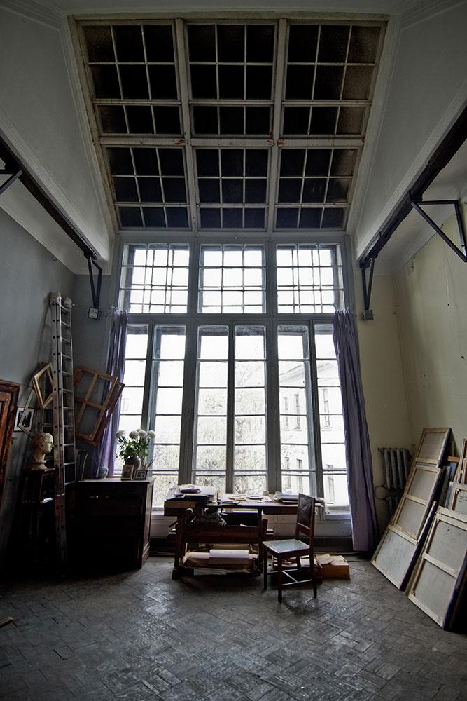 Стеклянный потолок был заделан еще Кончаловскими