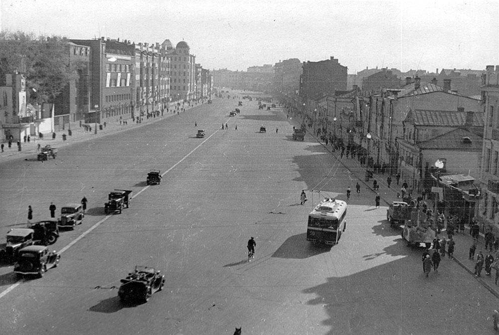 1937 год. Большая Садовая после реконструкции. Из коллекции Б. Е. Пастернака