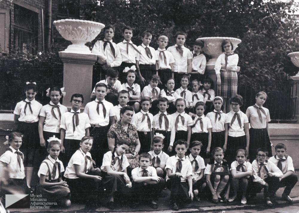 Ученики школы № 112. 1960-е годы