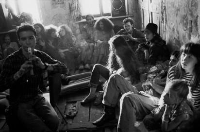 Квартира № 11. На съемочной площадке фильма «Место на земле». 1996 год. Фотограф Игорь Стомахин